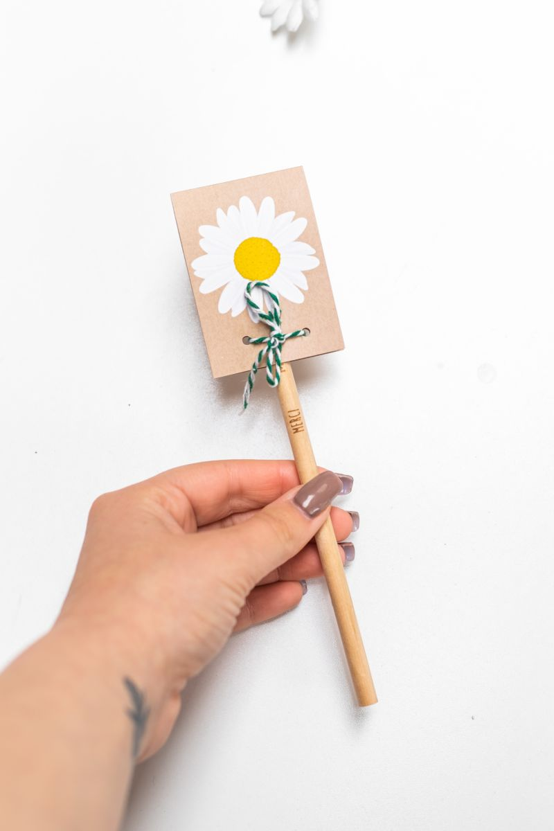 crayon_à_planter_-_cadeau_merci